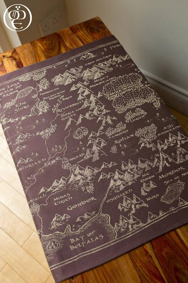 Oscha Map of Middle Earth Scroll Wrap (linen) Image