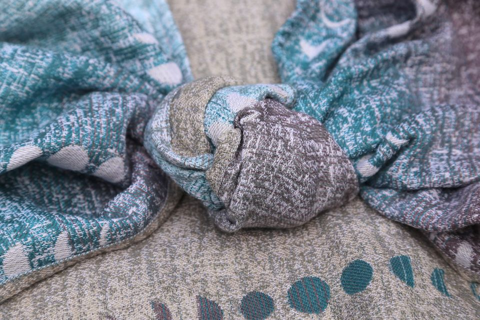 Solnce Phases moon Phases Glacier Wrap (merino, cashmere) Image
