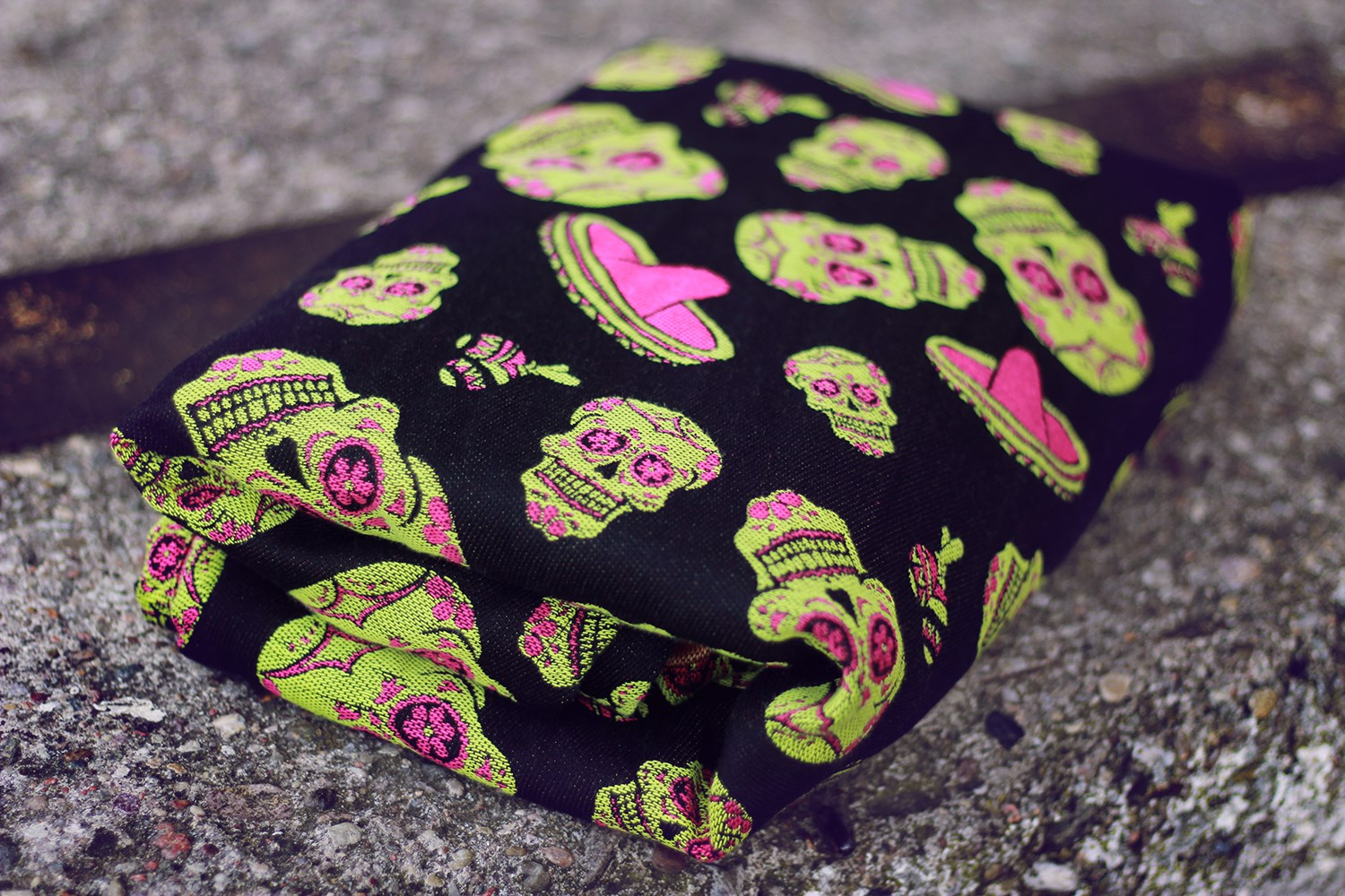 Lolly Wovens Crazy Skulls Tropica Wrap  Image