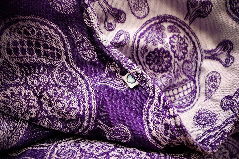 Joy and Joe Shiver me paisleys Electric Violet SMP Wrap (linen, silk, lambs wool) Image