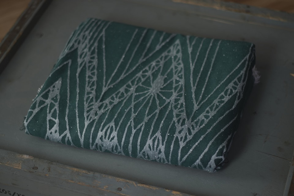 Woven Bliss Lineart Slytherin Wrap (viscose, tussah) Image
