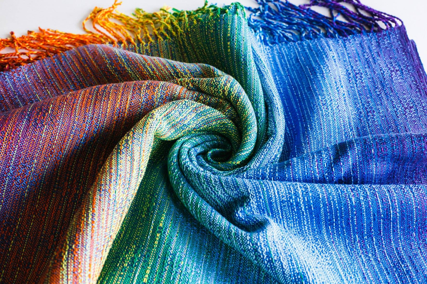 Rainbow cloud crackle weave Juicy Rainbow Wrap (eucalyptus viscose) Image