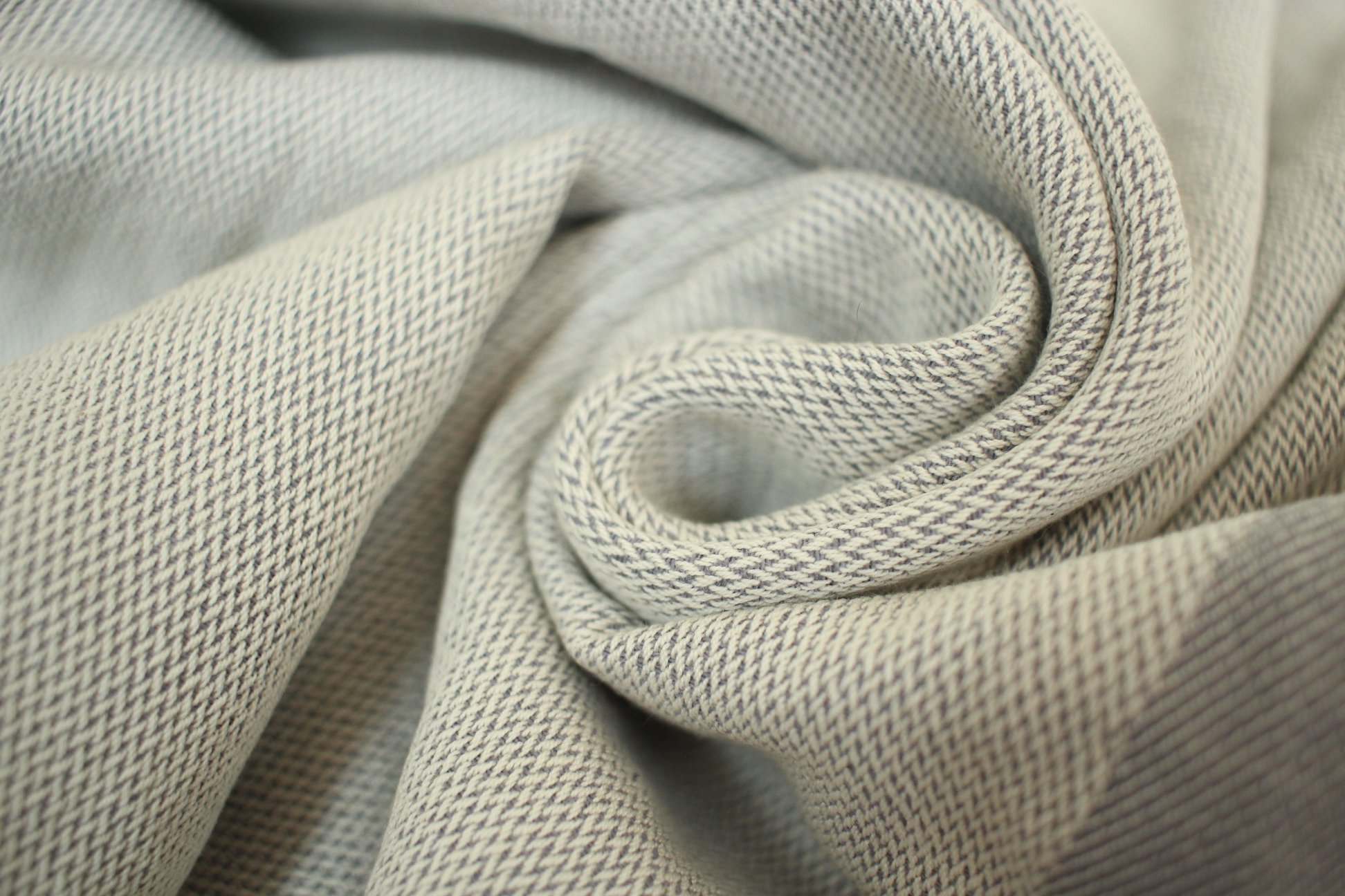 Yaro Slings stripe Grey Wrap  Image