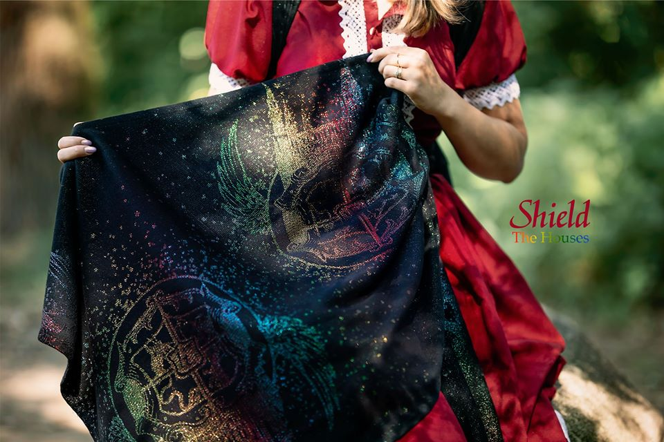Luluna Slings Shield The Houses Wrap (others) Image