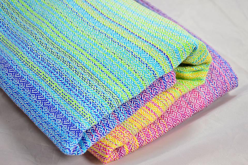 39b37e3282b Pellicano Baby Hearts Pastell rainbow Wrap Image